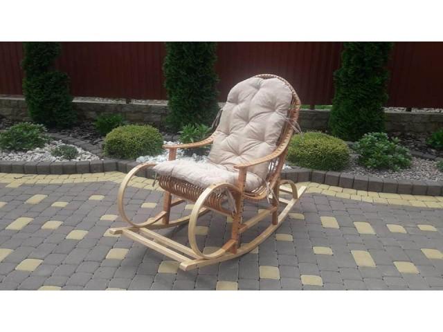 Крісло качалка плетене з лози Бука-Бука (деревяний каркас)