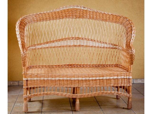 Диван плетений з лози Стильний